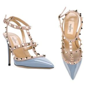 VALENTINO ROCKSTUD T-STRAP PUMP PATENT LEATHER